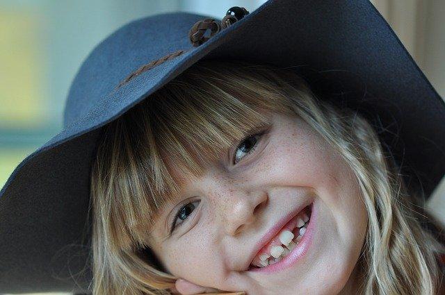 Zářivý dětský úsměv