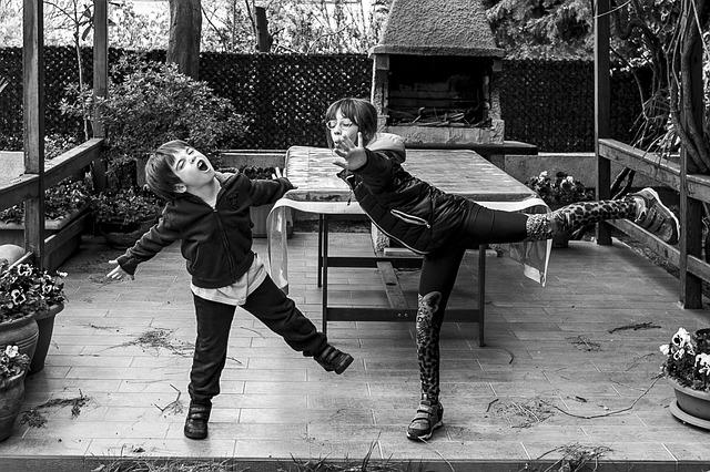 Hrající si děti