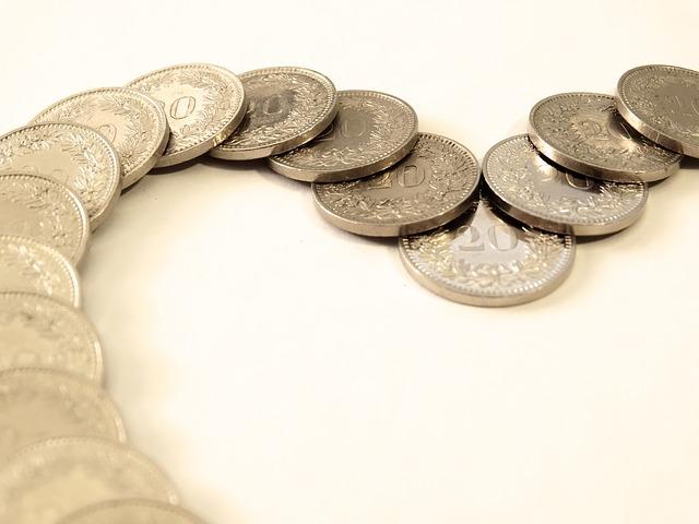 stříbrné mince, had